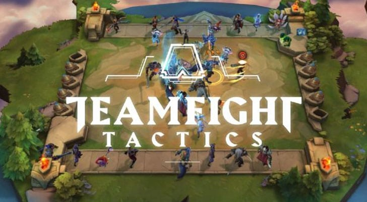Screenshot of a Typical Teamfight Tactics Round overlayed by the TFT logo