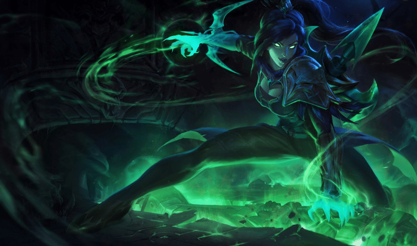 Soulstealer Vayne in a pool of green aura for mythic crafting