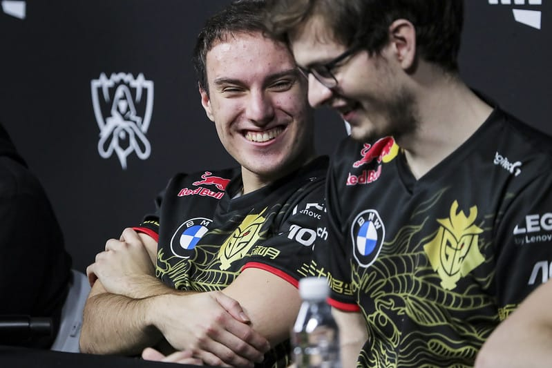 Perkz and Mikyx in an interview laughing together | Perkz leaving G2