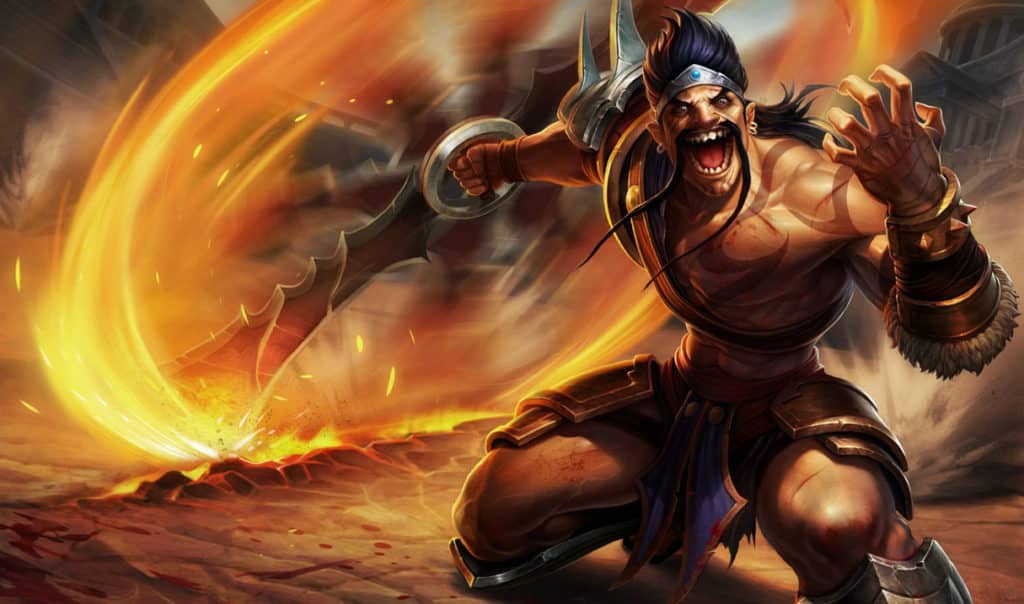 Gladiator Draven spinning his axes that are on fire