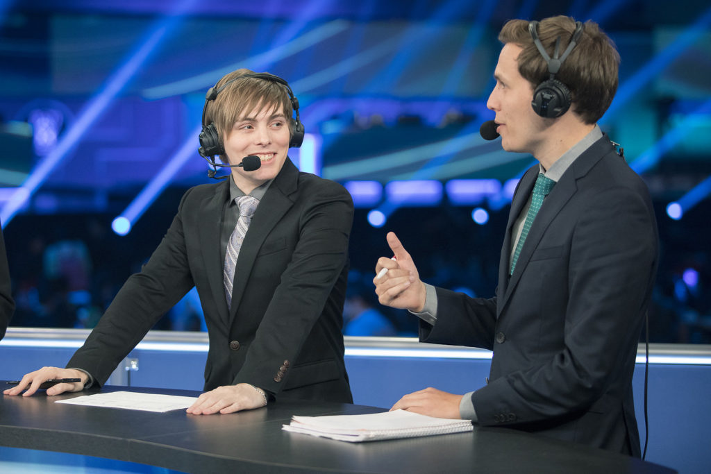 LS and Deficio on the analyst desk