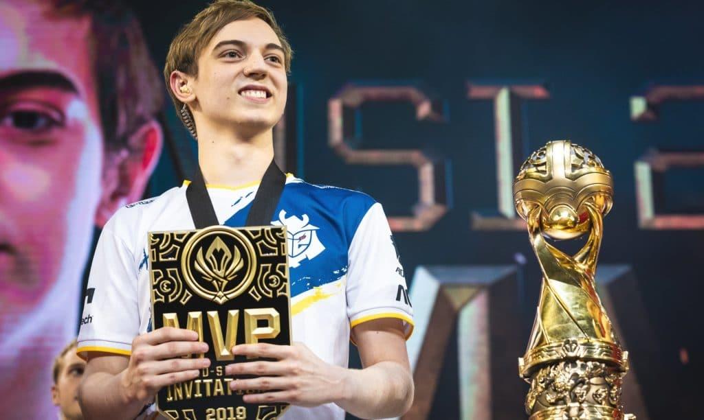 Caps receiving an MVP award