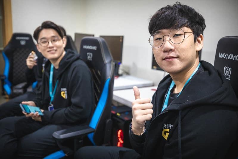 Gen.G Ruler alongside CoreJJ
