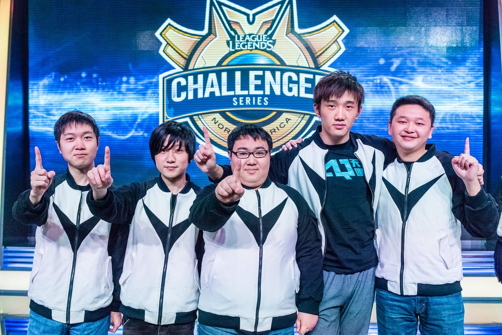 Team LMQ promotion picture in LCS 2014