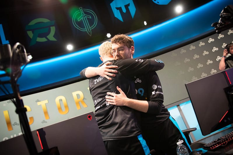 Vulcan and Zven hugging each other after a win | LCS Lock-in