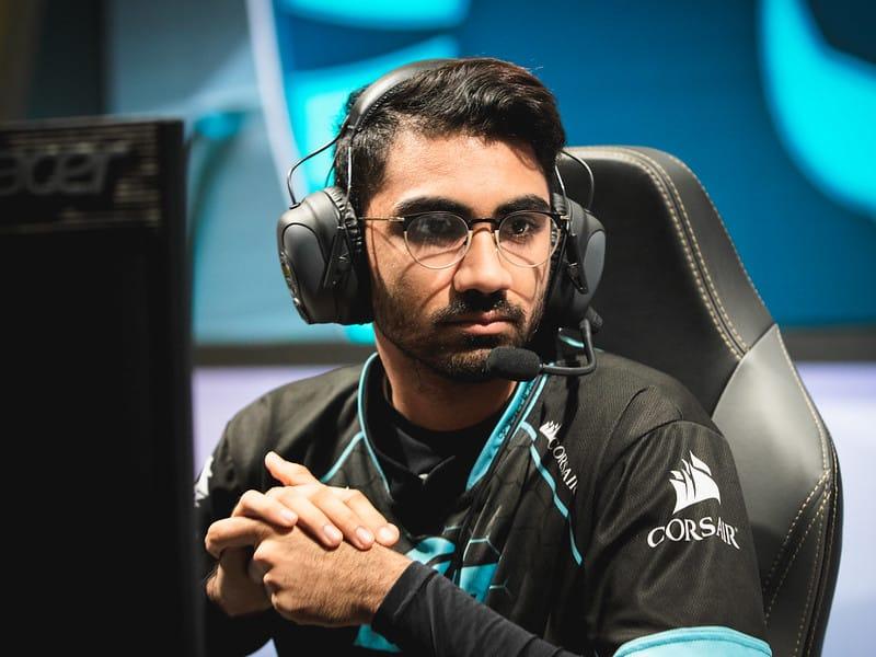 Darshan preparing for his game