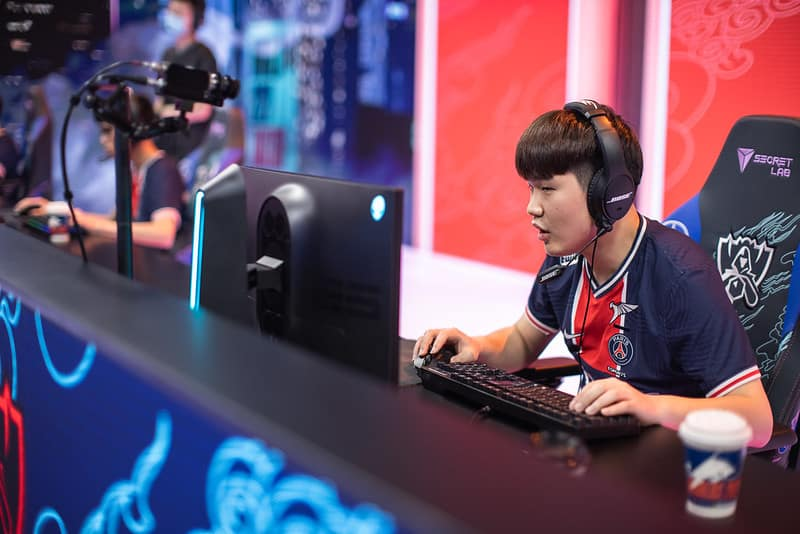PSG Talon focusing on the game Worlds Groups