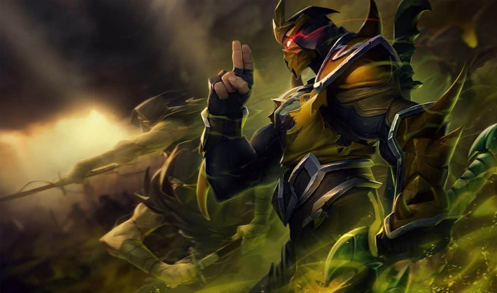 Shen wearing a wasp themed ninja outfit   Top Lane Tips and Tricks