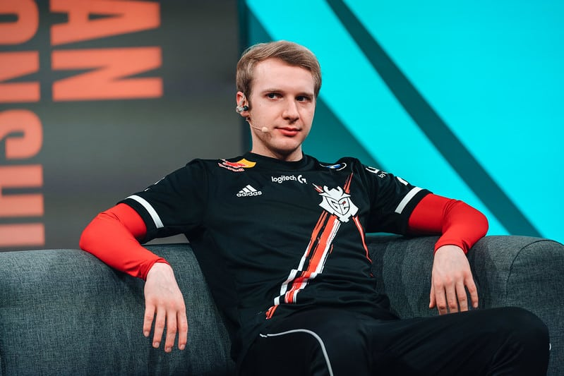 Jankos chilling on the couch