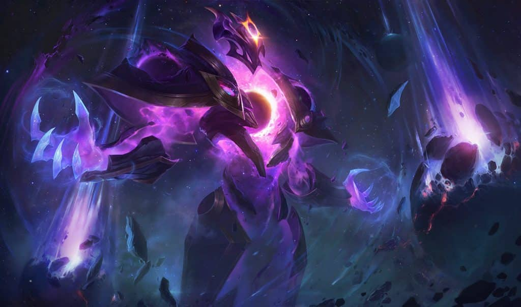 Xerath surrounded by cosmic energy