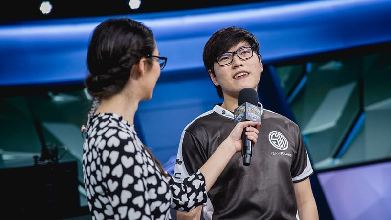 TSM MikeYeung getting interviewed - Esports Players Retirement