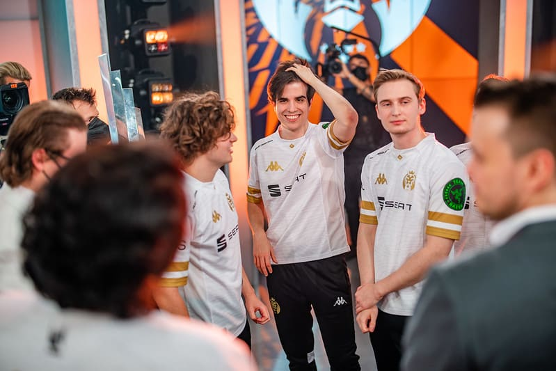 MAD Lions team meeting | Worlds 2021 Power Rankings