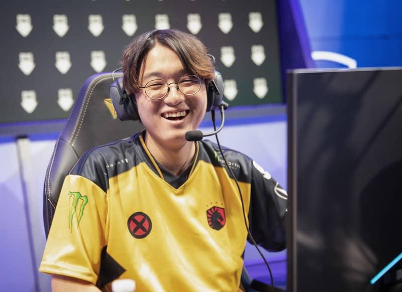 TL CoreJJ giving the biggest smile