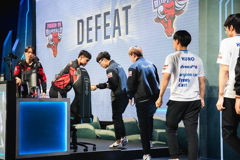 VCS Esports Phong Vu Buffalo losing to Afreeca Freecs